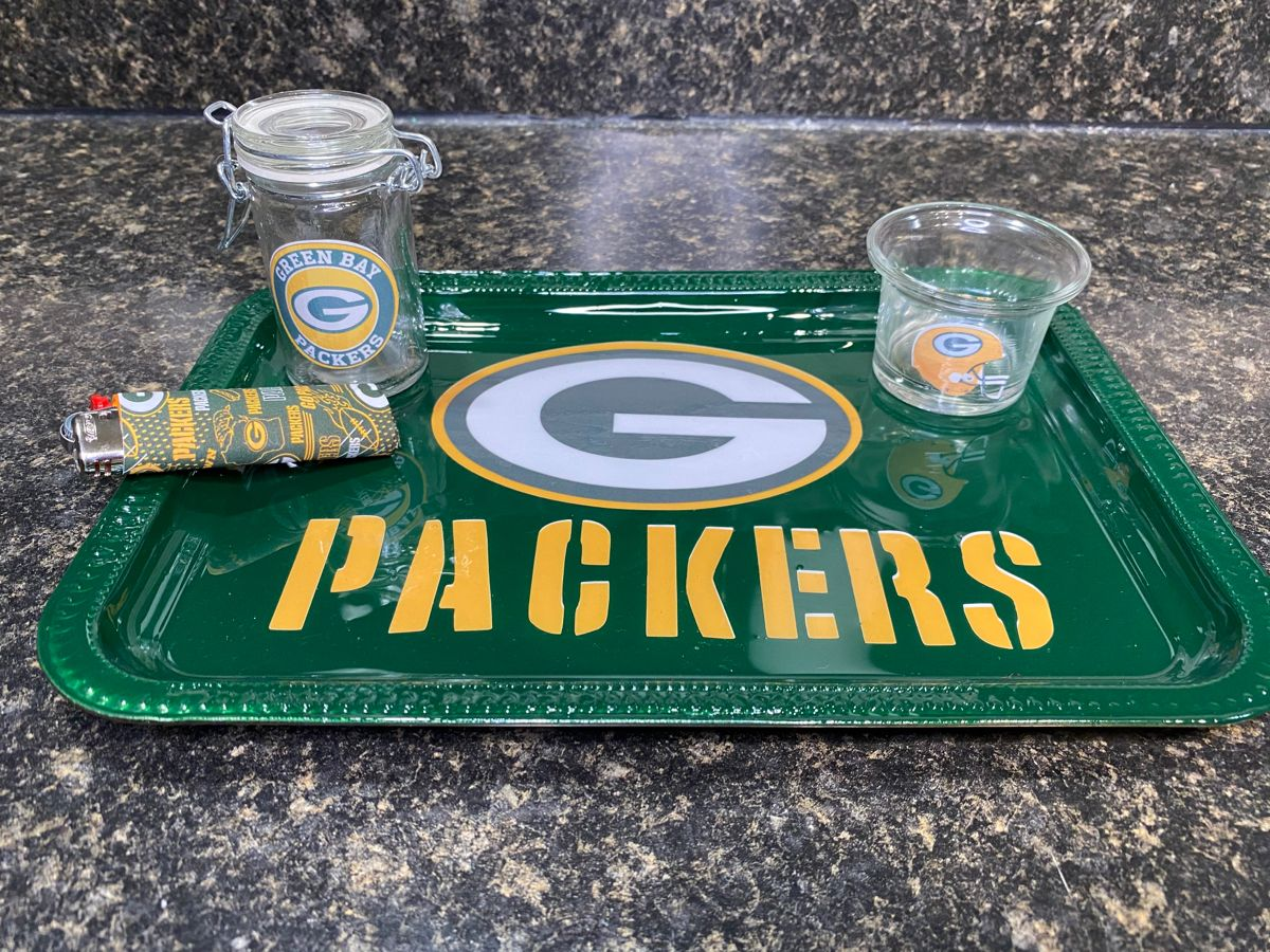 Green Bay Packers In 2020 Diy Resin Tray Diy Tray Diy Cups