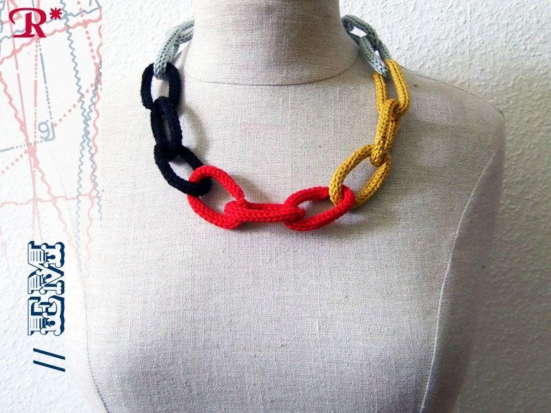 Halskette // EM  http://retropussy.de/?portfolio=halskette-em