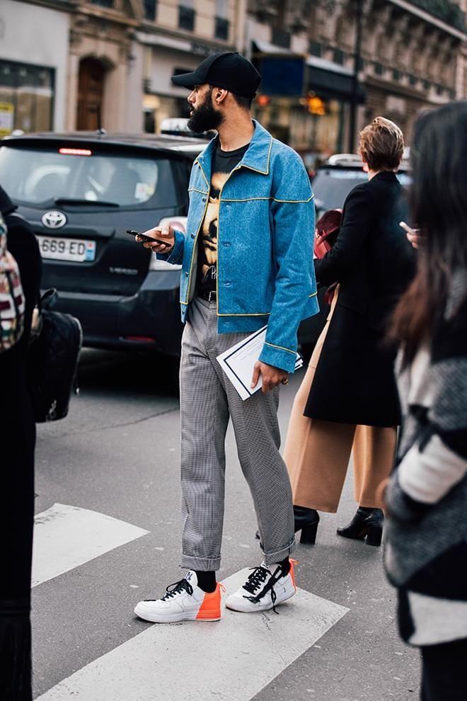 Audacieux Street style : les plus beaux looks homme vus à la Fashion Week ZX-78