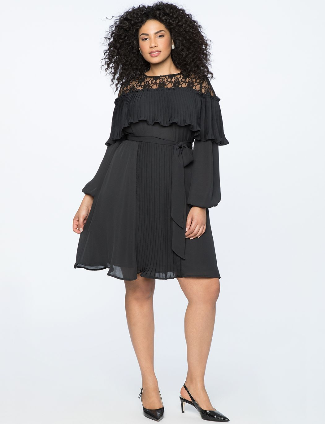Fit And Flare Dress With Pleat Detail Women S Plus Size Dresses Eloquii Plus Size Wedding Guest Dresses Fit And Flare Dress Junior Party Dresses [ 1370 x 1050 Pixel ]