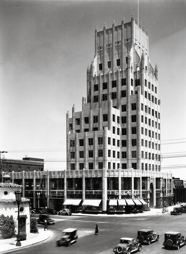 Wilshire & La Brea intersection, in Los Angeles, showing the E. Clem Wilson