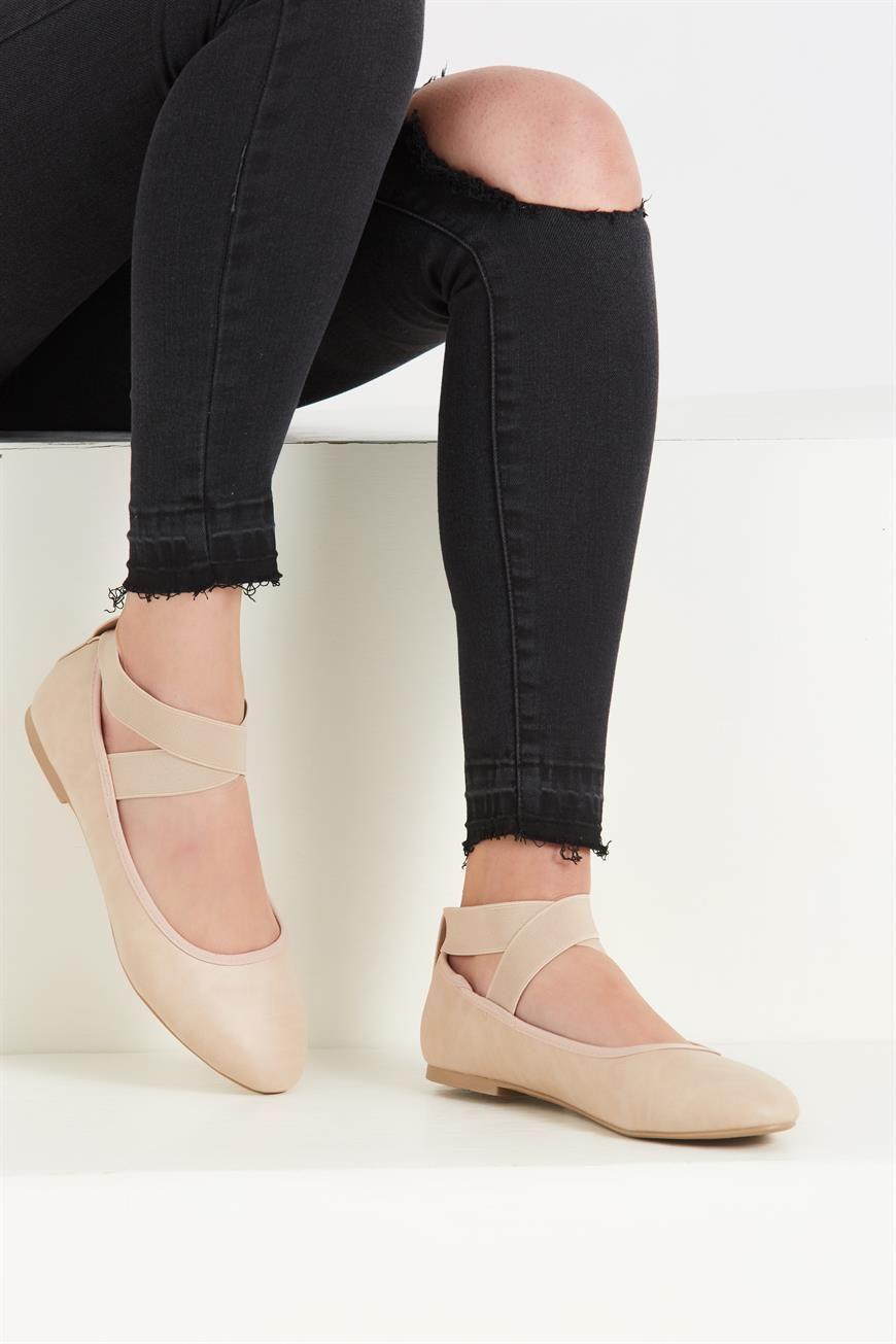 TIFFANY STRAP BALLET Ballet, Sport shoes, Ballet dance
