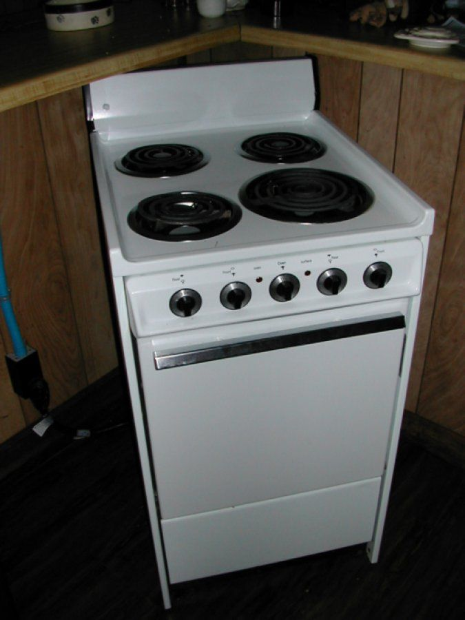Merveilleux Apartment Stove...have Similar In Prop Stock...idea For Kitchen