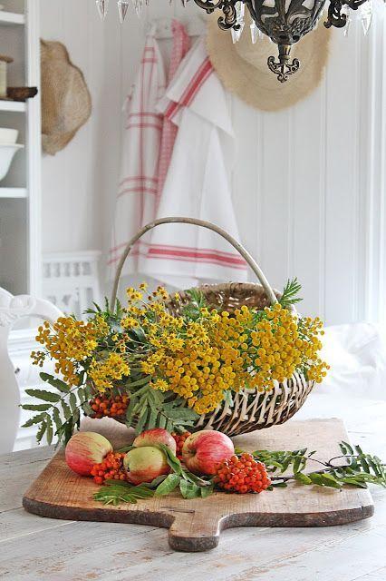 Late autumn colors in a wonderful farmhouse vignette