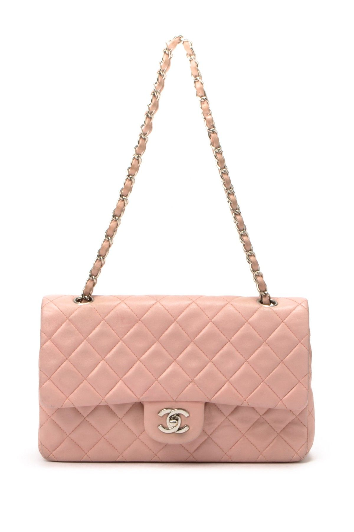 Classy Chanel clutches for ladies forecasting dress in on every day in 2019