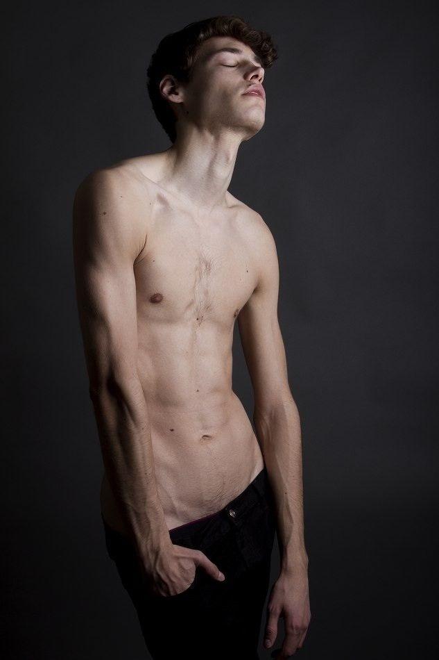 Skinny nude boy