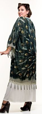 Beautiful 1920's peacock cape also called a scarf coat. http://www.vintagedancer.com/1920s/buy-1920s-style-evening-wraps/