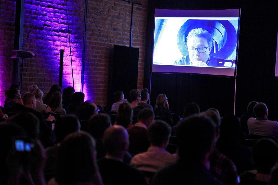 """Adam Gee's presentation: """"Some principles of creating Short Form Online Video with an edge - based on Channel 4's All 4 commissioning."""" — w miejscu: Państwowa Wyższa Szkoła Filmowa, Telewizyjna i Teatralna im. Leona Schillera w Łodzi"""