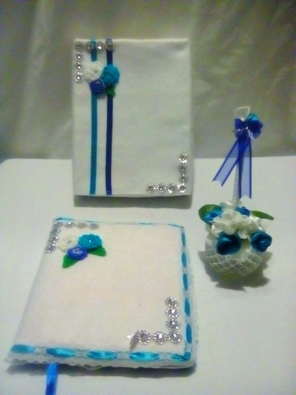 Guest Book and Pen, Card Box
