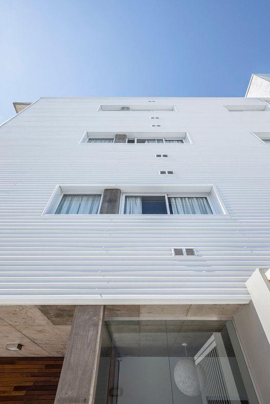 Edificio B928,© Ramiro Sosa