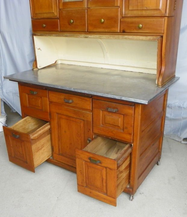 Antique Bakers Cabinet   F844C Antique Bakers Kitchen Cabinet   Springfield