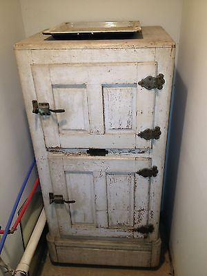 Antique-Ice-Box-nice-orignal-condition