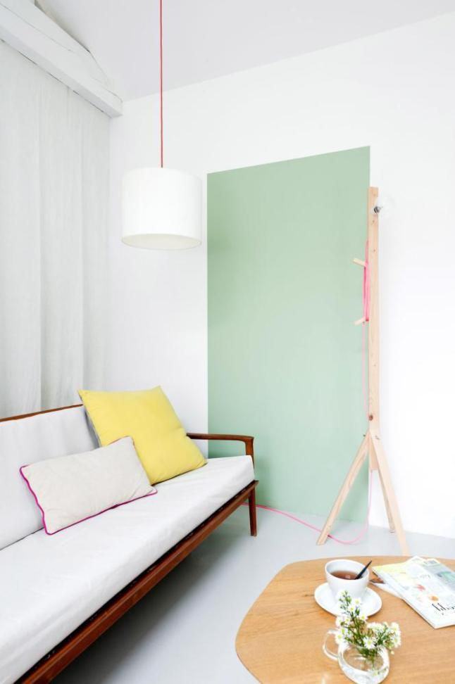 StickMan Lamp is so cool... colors and furnishings.