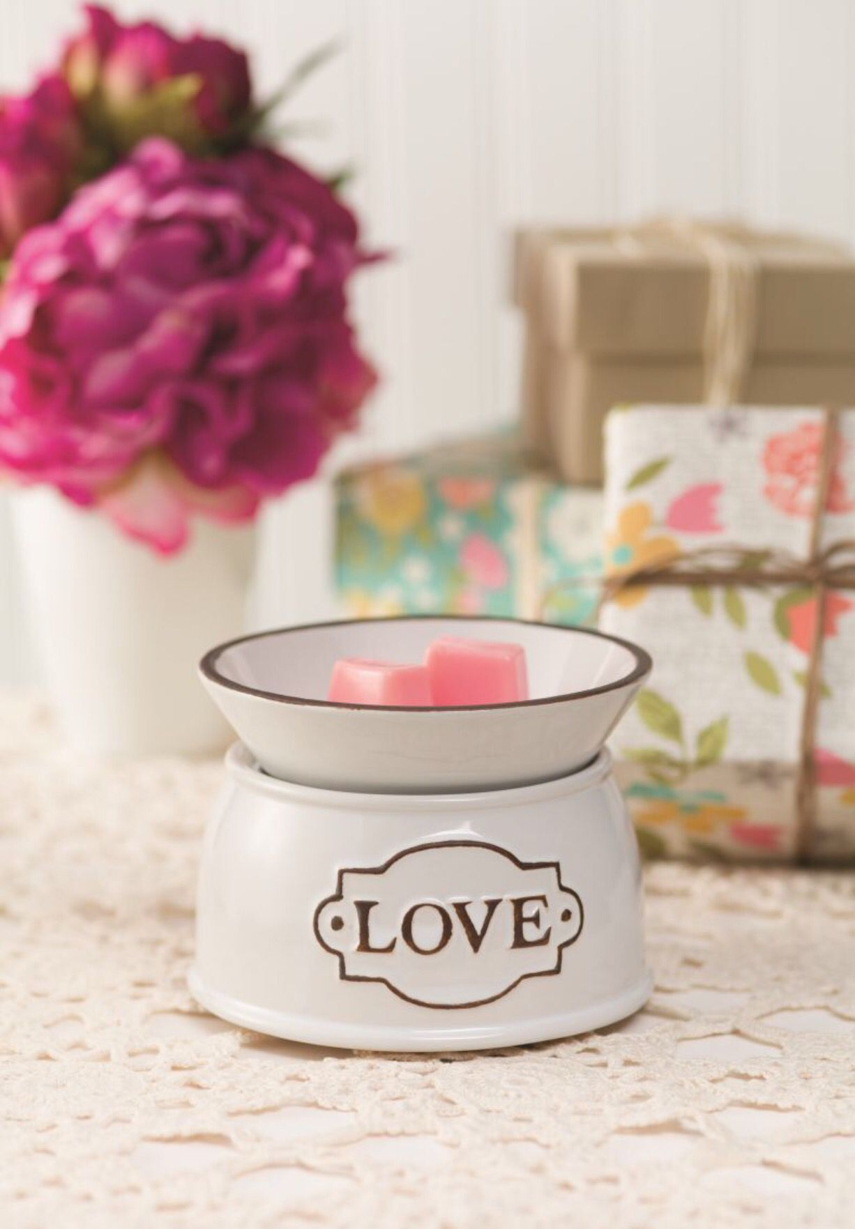 Love Is In The Air Happy Valentines Day Scentsy Candles