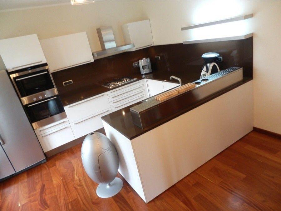 Cucine con penisola cucina angolare con penisola - Cucina moderna penisola ...
