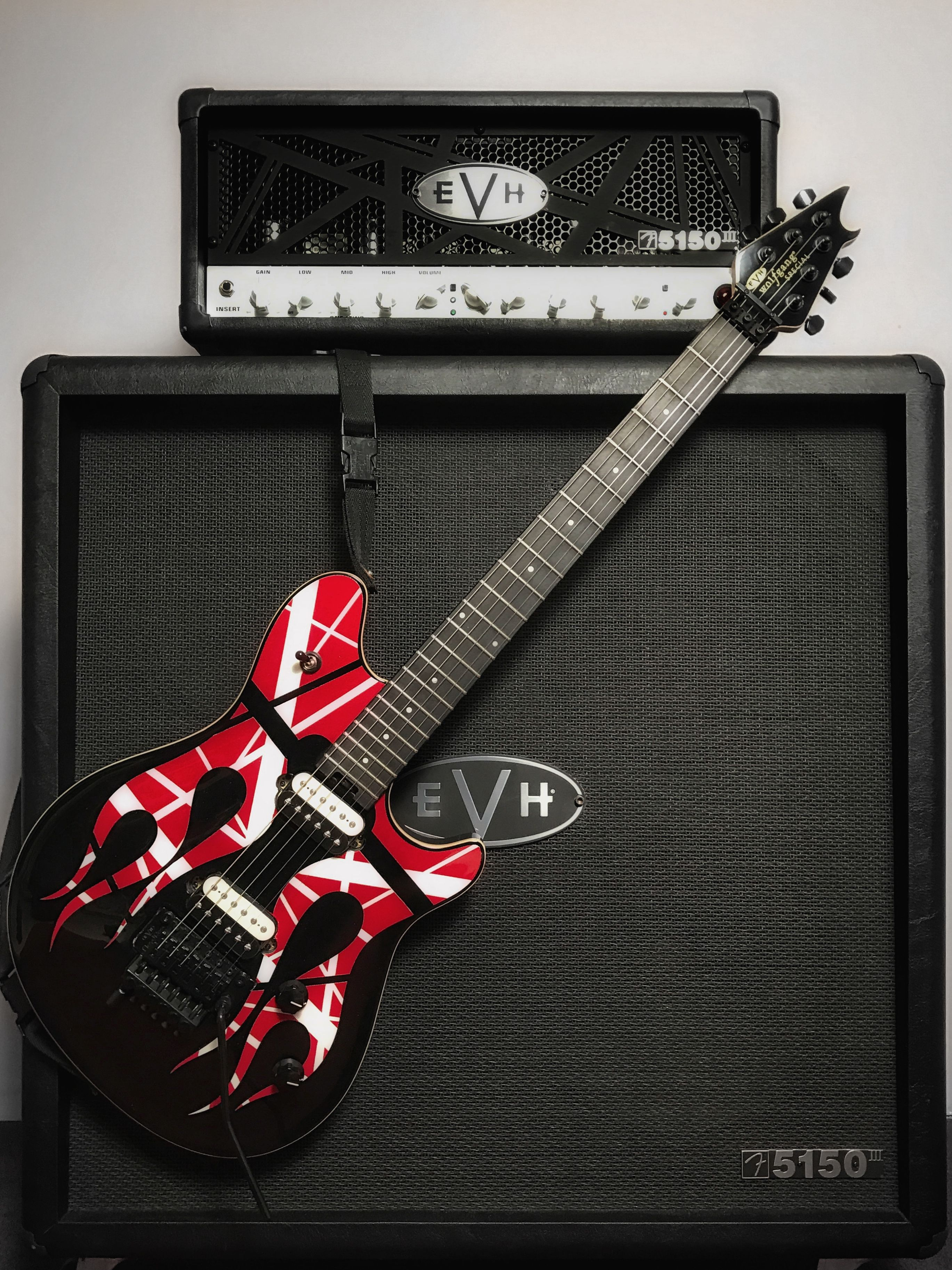 My New Customized Evh Wolfgang Special With Evh 5150iii And Evh Stealth 4x12 Cabinet With Images Custom Electric Guitars Cool Guitar Guitar Design