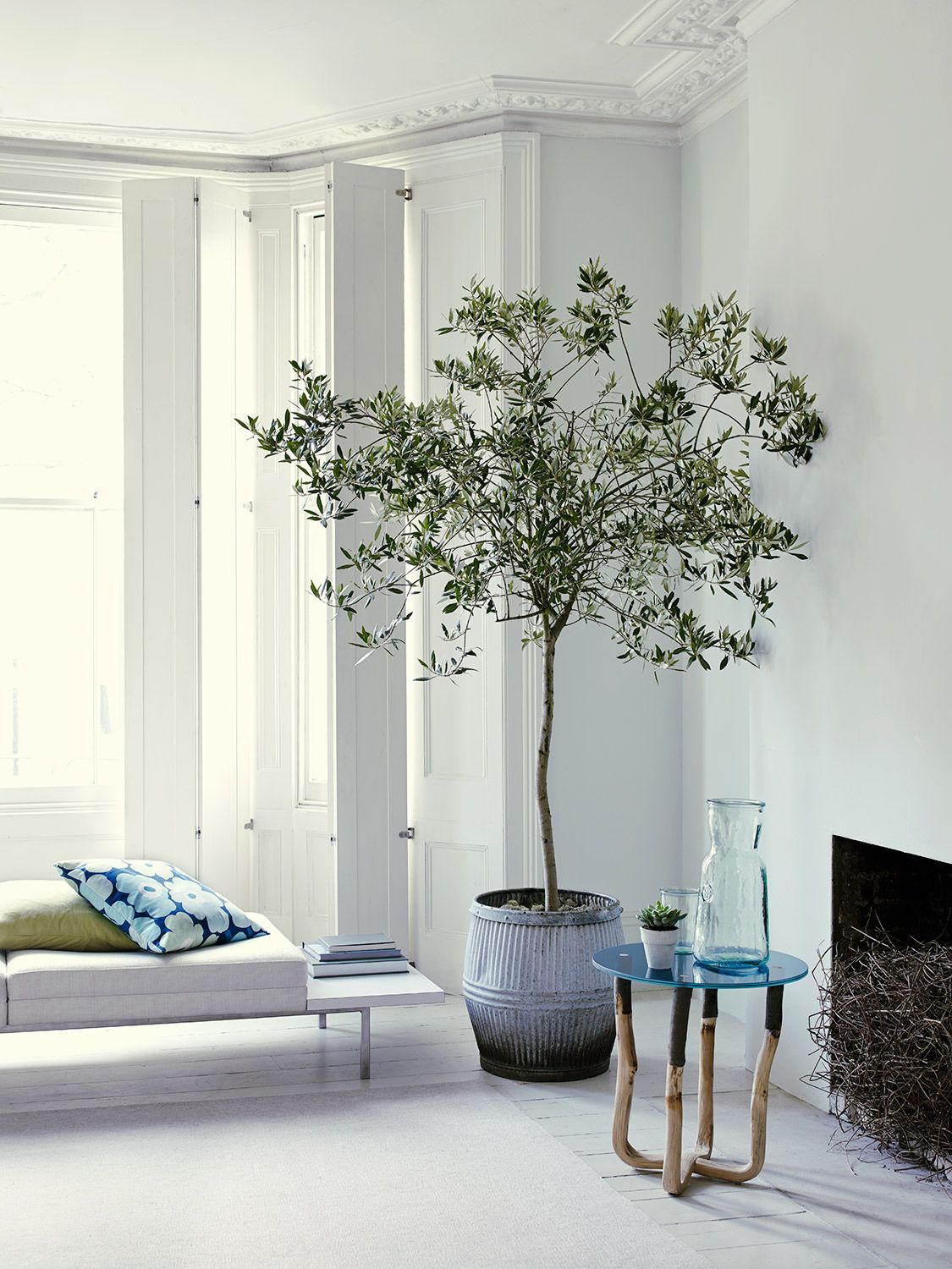 Jake Curtis . INTERIORS. Simple. Has minimalism, nature, comfort, light, and a fireplace, what else do you need?! :D