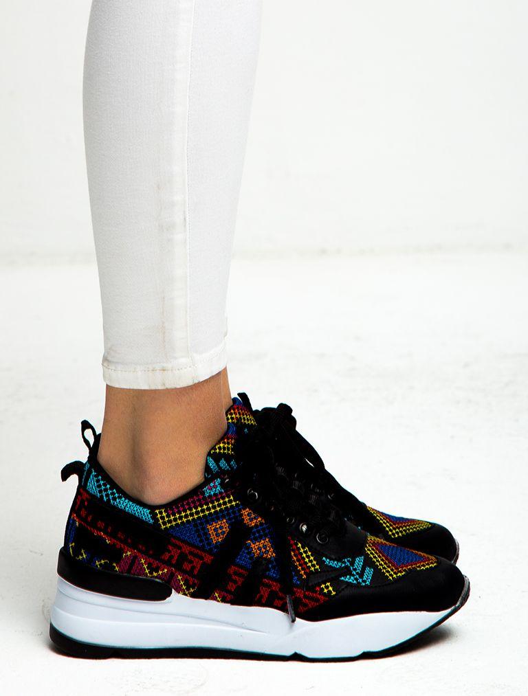 Etnik Kilim Desenli Spor Ayakkabi 109 90 Tl Zapatos Tenis Para Mujer Zapatos Con Luces Zapatos