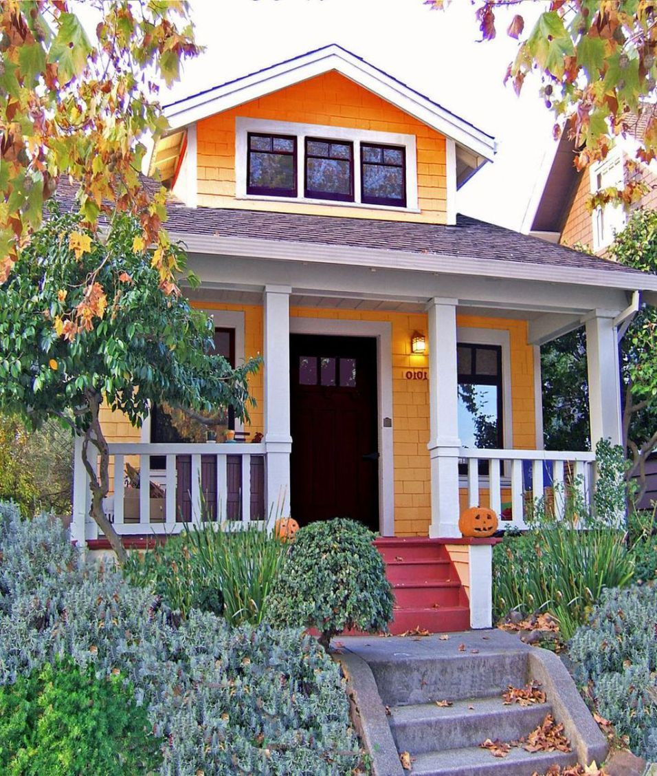 20+ Charming Small Cottage House Exterior Ideas (With