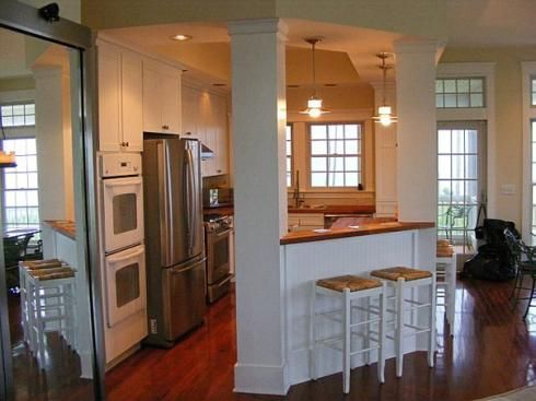 Beach house kitchen //www.standout-cabin-designs.com/beach ... on