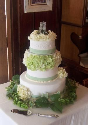 It Needs Less Flowers Irish Country Wedding