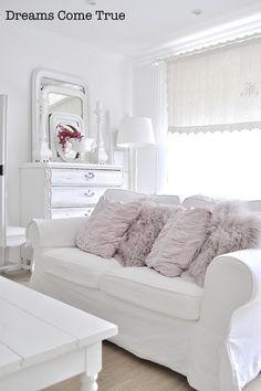 Incredible White Slipcovered Sofa In A White Room Dreams Come True Machost Co Dining Chair Design Ideas Machostcouk