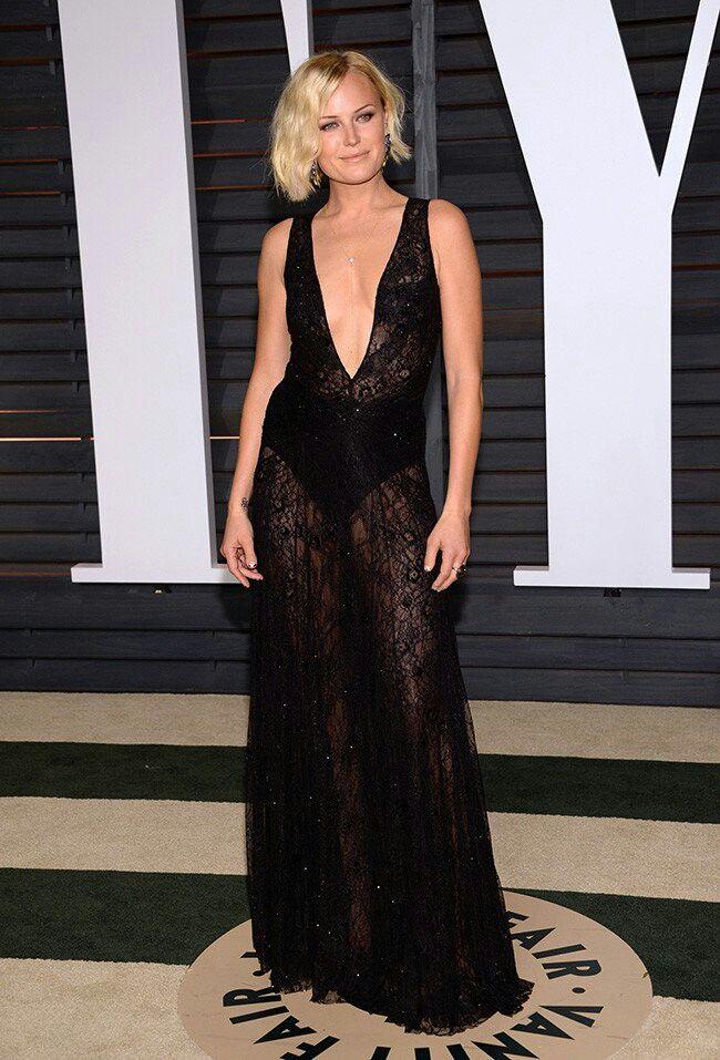 Malin Alerman en la fiesta post Oscars 2015 de Vanity Fair