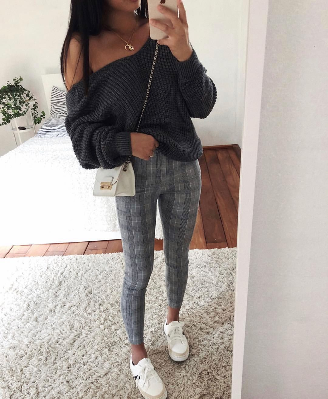 """1a8e96d0dbe World Fashion 🌺 Outfit Ideas on Instagram  """"Which One   ♥  ootdmp Via     thanyaw"""""""