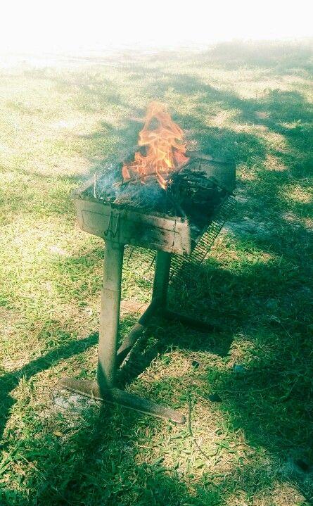 Diy BBQ grill- using an old school desk