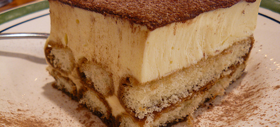 This Is The Best Olive Garden Tiramisu Recipe A Creamy Custard Filling Around Lady Finger
