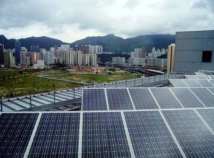 China Is Now The Biggest Solar Energy Producer Wordlesstech Solar City Solar Solar Panels