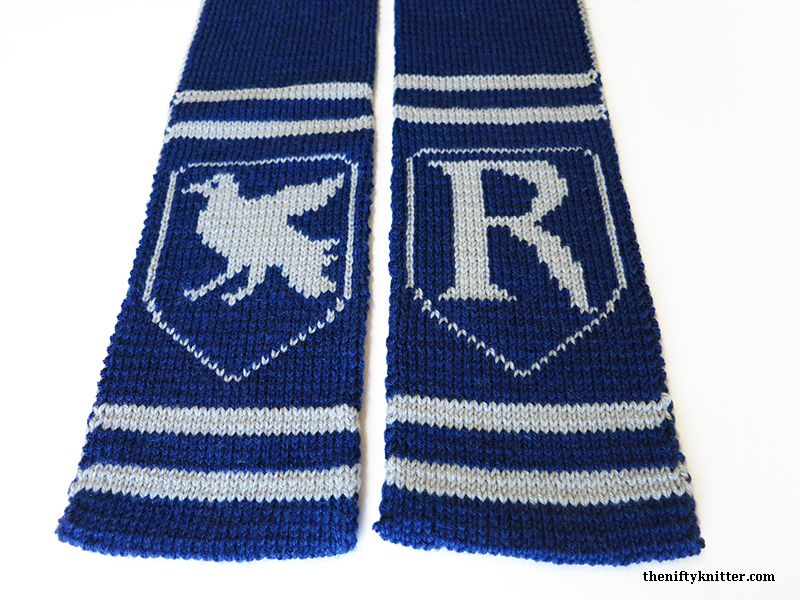 Show off your Ravenclaw spirit with this reversible, thick Hogwarts ...