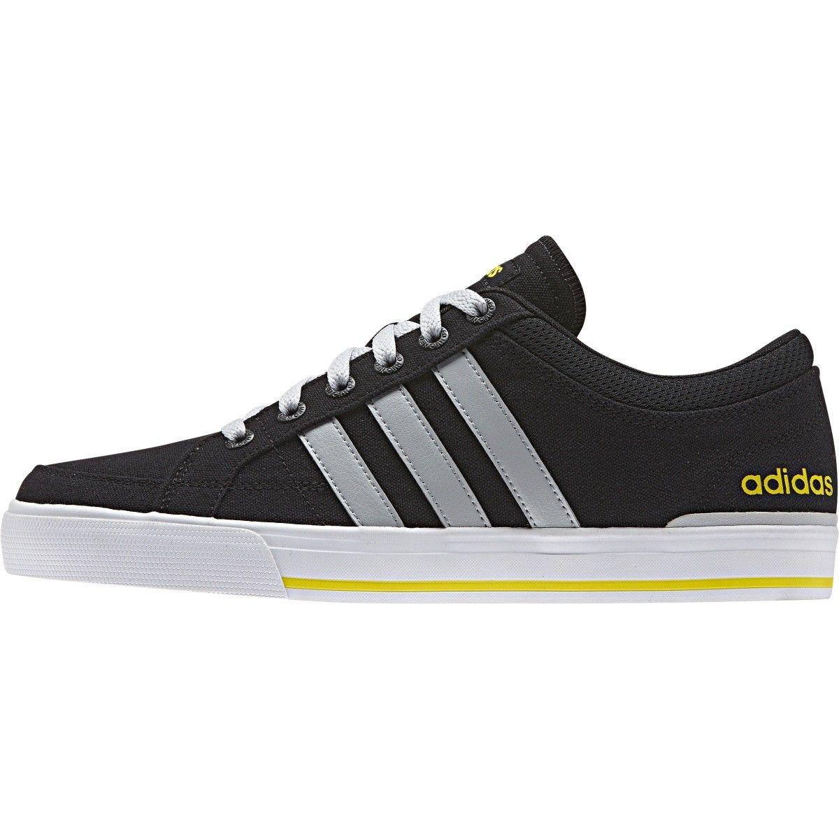64d2589eba6 Adidas levné 43 pánské boty - Glami.cz