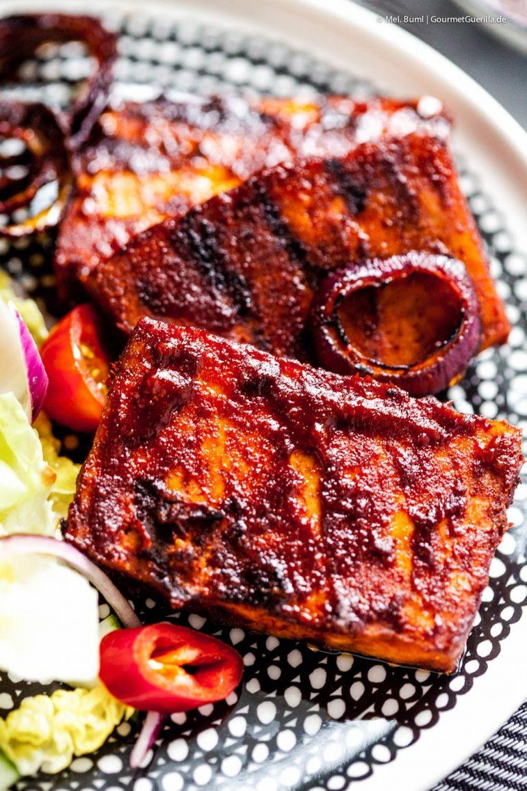 {Vegan Grillen} Spicy Bone Sucking Grill- Tofu zum Fingerablecken. Und als Giveaway 3 tolle Vakuumiergeräte für euch. - GourmetGuerilla´s Foxy Food