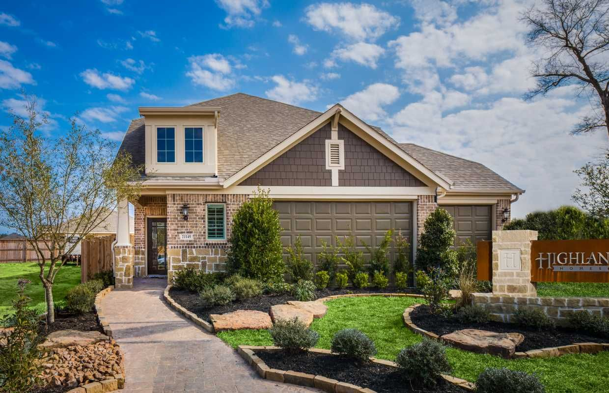 Highland homes windermere model home at valley ranch
