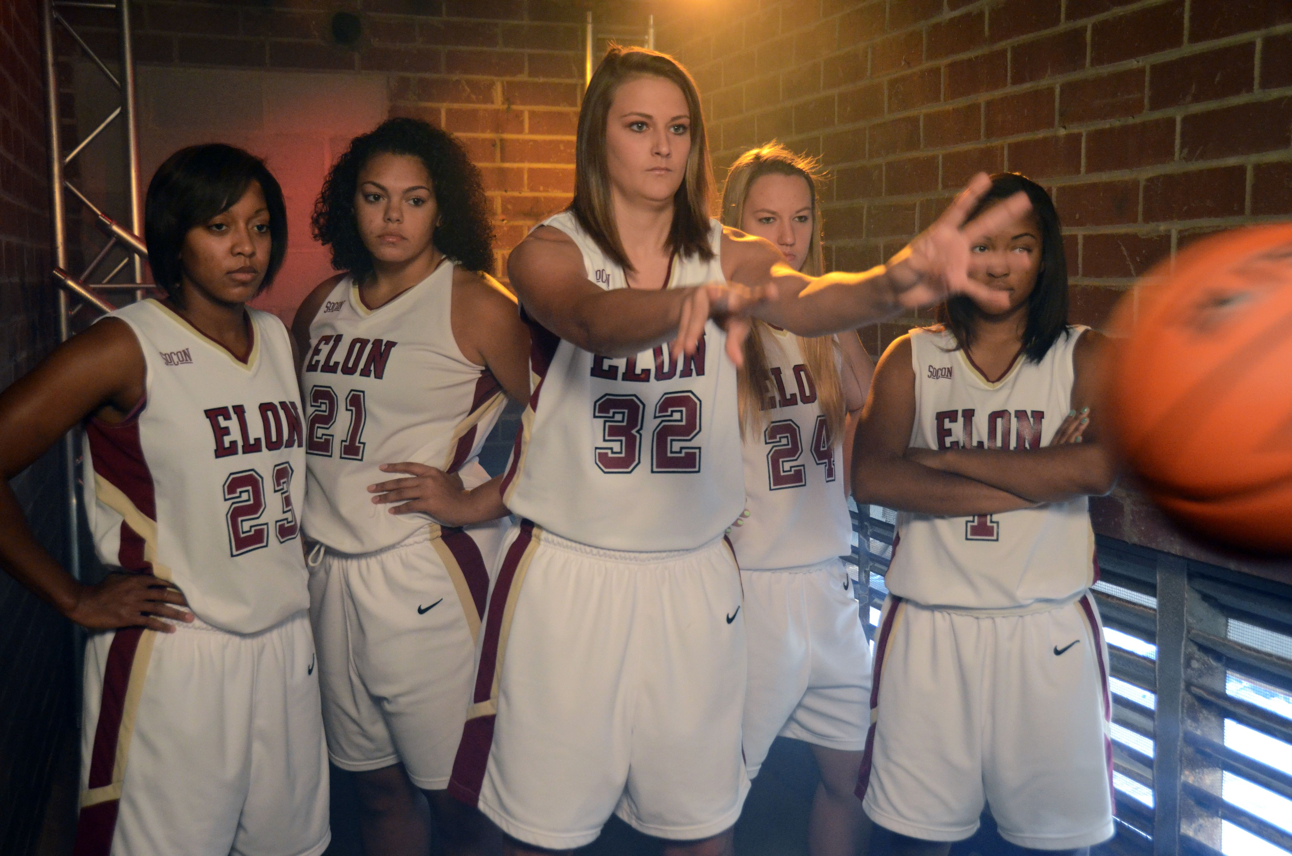 Here S A Behind The Scenes Look At This Week S Shoot For The Elon Women S Basketball Team 2013 2014 I Girls Athletic Wear Womens Basketball University Athlete