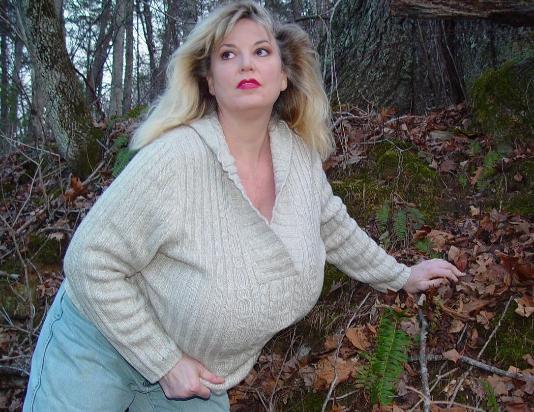 Chessie Moore Nude Photos 35