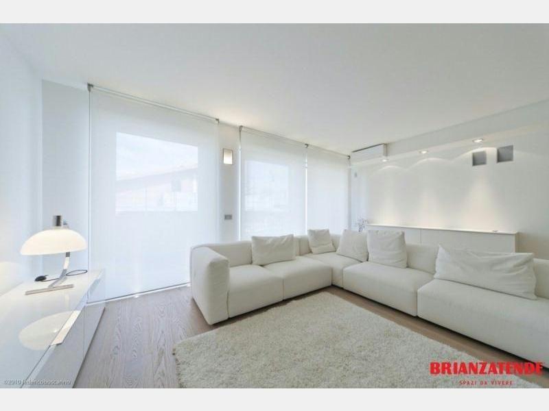 Tende a rullo dal design esclusivo brianzatende house for Shiny home tende a rullo