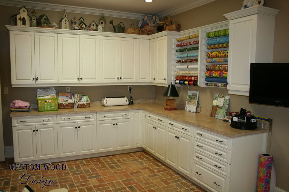 Ordinaire Customize Craft Room | Custom Craft Room Cabinets Drool!!!