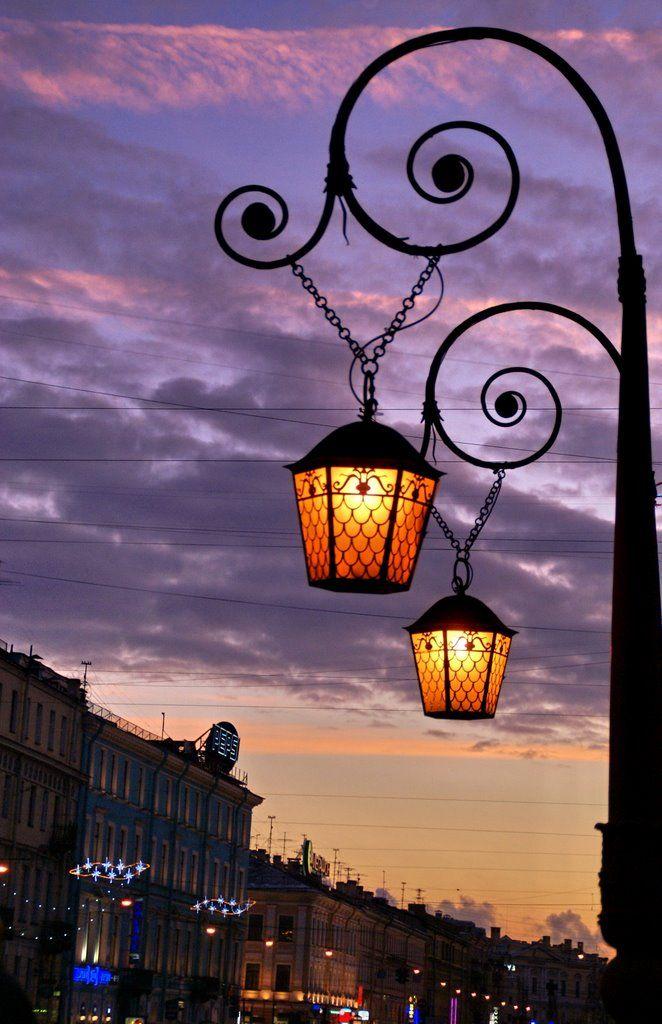 Красивый рисунок фонарей