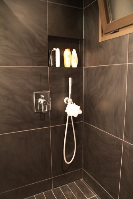 C ramique salle de bain moderne recherche google salle for Carrelage ceramique salle de bain
