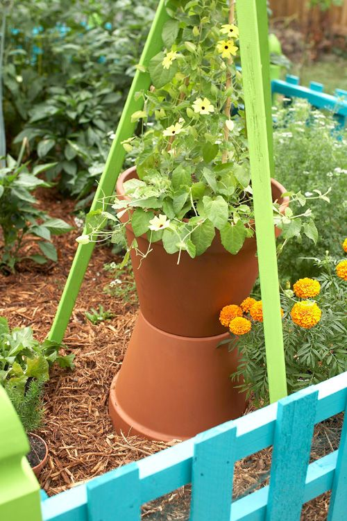 Easy Trellis Tied At Top With Rope Garden Structures 400 x 300