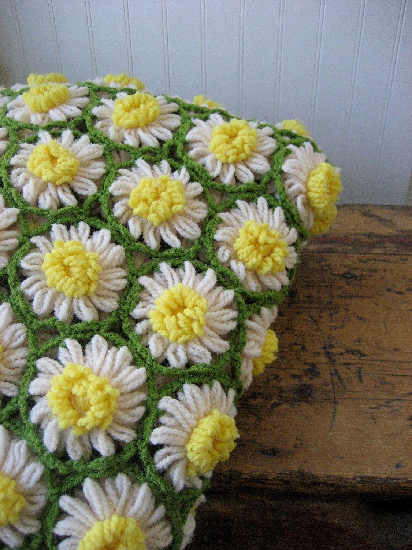 a36b30064 vintage knit daffodil throw