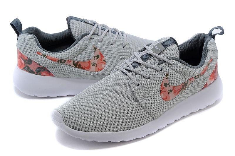 Run Fleur De Femmes Gris Nike Roshe