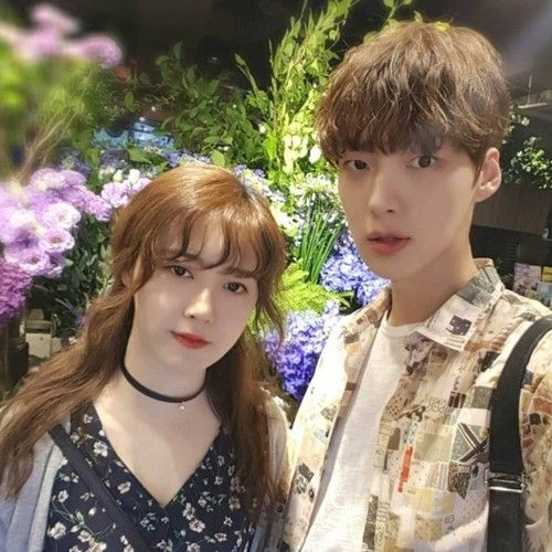 Ahn Jae Hyun Shares Beautiful Photo From Outing With Wife Ku Hye