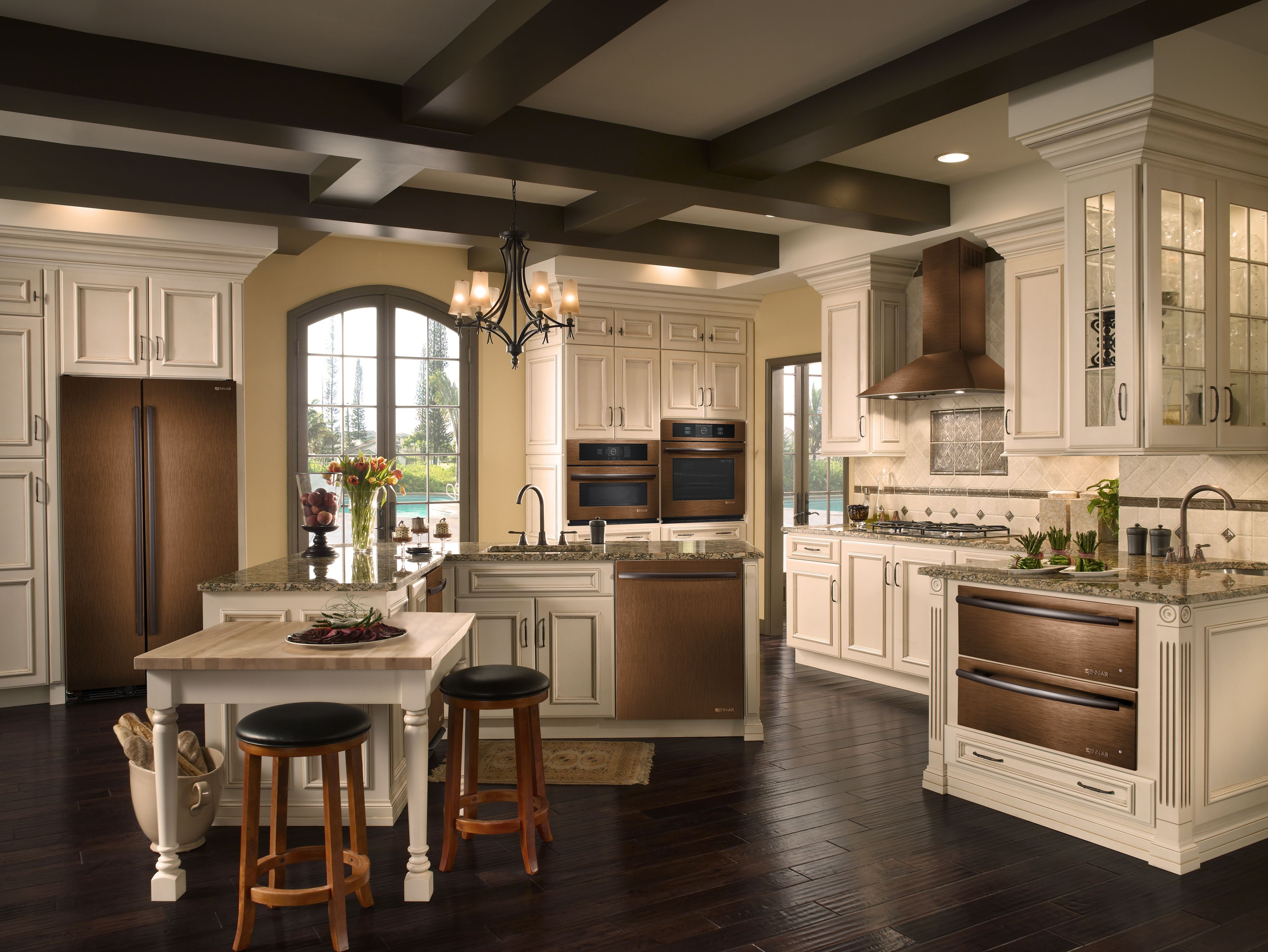 Oil Rubbed Bronze Kitchen Island Lighting A Splash Of Unusual And Elegant Color In The Kitchen Jenn Air