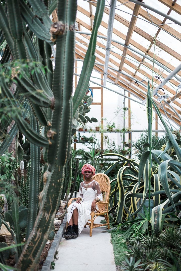 Cactus Wedding Inspiration Shoot in Botanical Garden | fabmood.com #wedding #weddingstyled #weddinginspiration #weddingideas