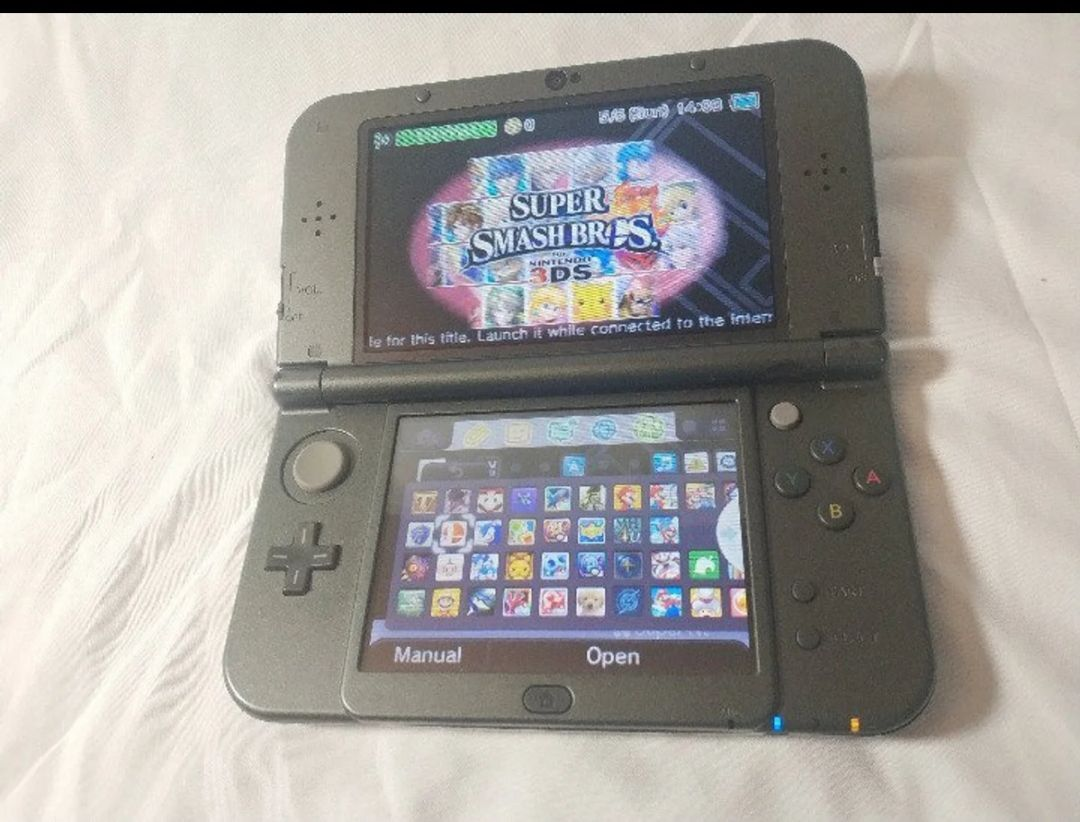 Check out my Nintendo 3DS XL With 500 GAMES included  Does