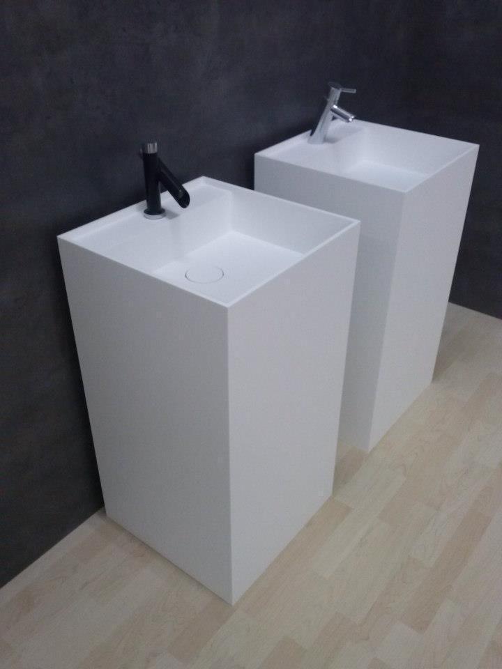 Corian Design Saulenwaschtisch Standwaschbecken Mineralwerkstoff Hi
