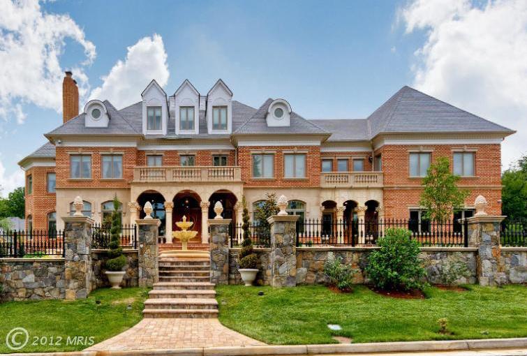 Stately Brick Mansion In Great Falls, VA Homes/Mansions